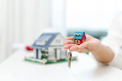 Wie entwickeln sich die Kaufpreise für Häuser und Wohnungen in Frechen und im Rhein-Erft-Kreis?